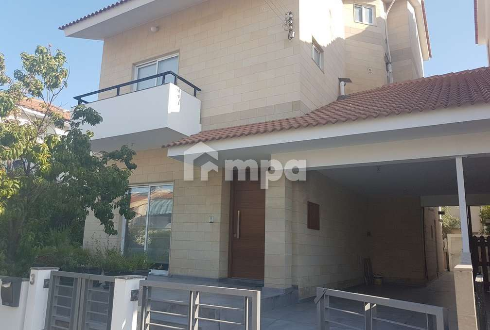 1563131164-Four-Bedrooms-House-For-Rent-In-Makedonitissa_2