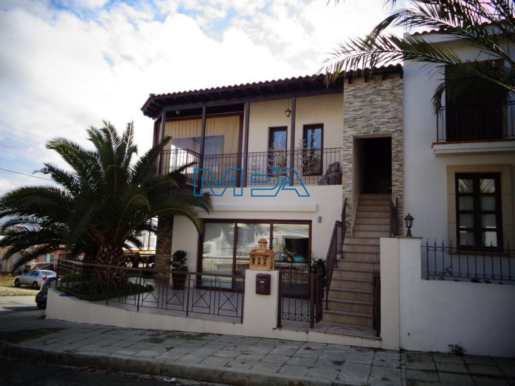 Upper House in Lakatamia for Sale