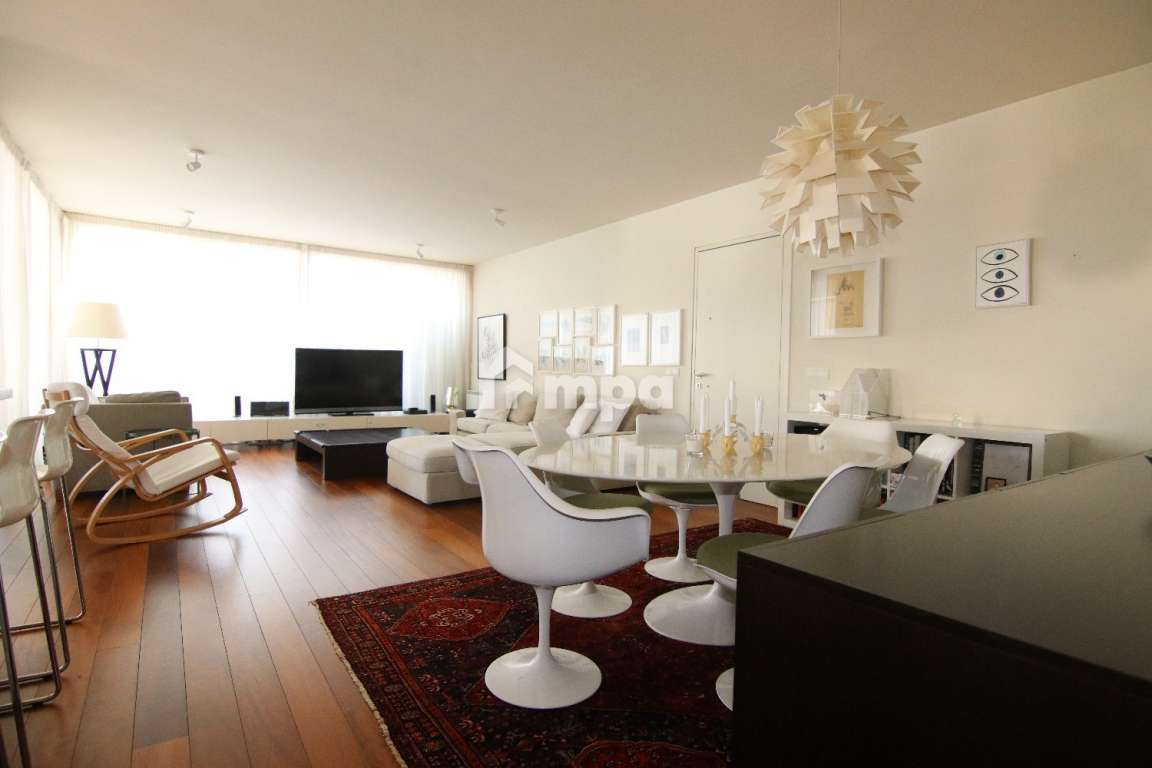 ONE OF A KIND TOP FLOOR APARTMENT IN EGKOMI FOR SALE
