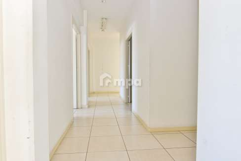 38301-1561551852-OfficeRentStrovolos00002