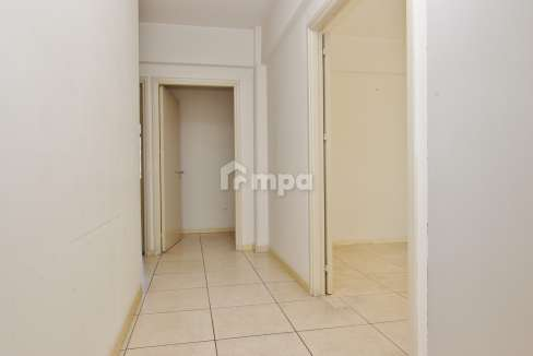 38301-1561551857-OfficeRentStrovolos00006