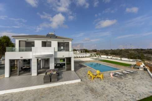 Exclusive Villa with Panoramic View