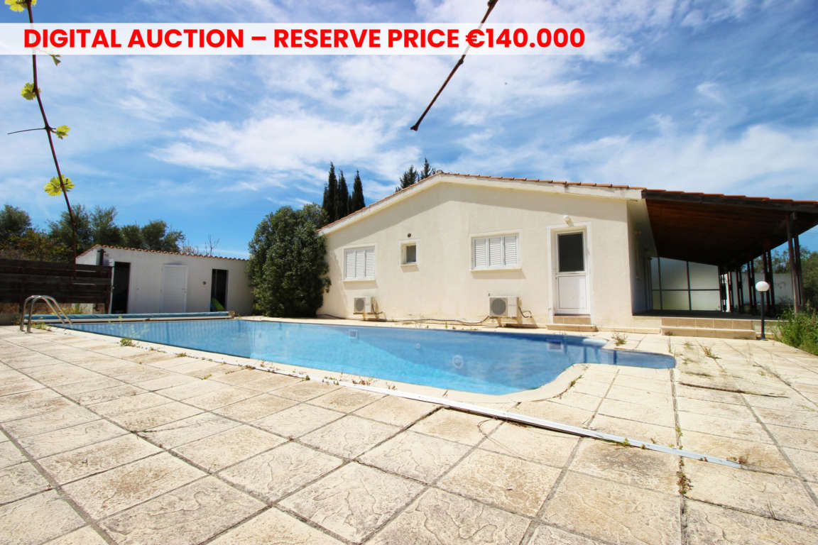 Detached house in Pano Akourdaleia, Paphos
